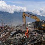 地震・津波の死者2000人超す=11日捜索打ち切り―インドネシア